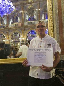 Médaille d'Argent avec la Fondation Académique ARTS-SCIENCES-LETTRES
